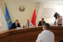 В.Лискович провел в Слониме личный прием граждан и «прямую телефонную линию»