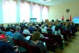 Наталья Кочанова о приёмах граждан: «Практически все вопросы, которые поступают, в компетенции местных органов власти»