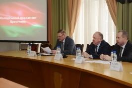 Виктор Лискович провел прием граждан и встречу с молодежью брестского региона