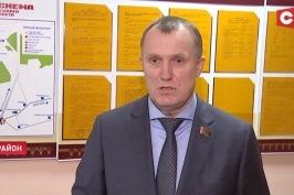 «Каждого человека надо внимательно выслушать». Анатолий Исаченко провёл выездной приём граждан в Столбцовском районе